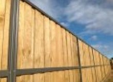 Kwikfynd Lap and Cap Timber Fencing alligatorcreekqld